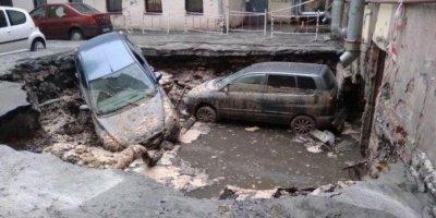 В петербургском кафе прорвало трубопровод, два человека погибли