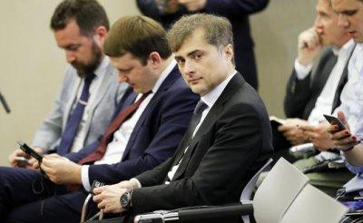 Суркова в Донбассе сменит человек с ружьём - «Политика»