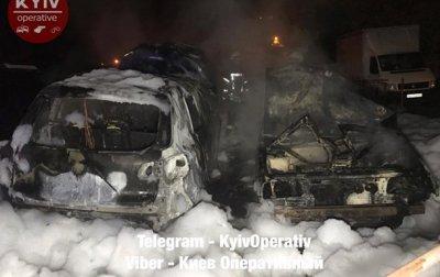 В Киеве сгорели несколько автомобилей - «Украина»