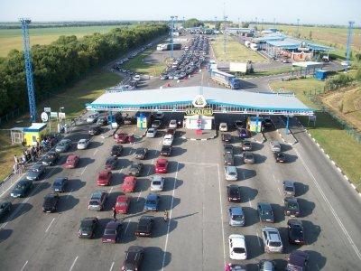 Украинские автомобилисты заблокировали дорогу на границе с Белоруссией - «Новороссия»