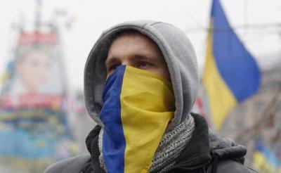 Война двух миров: Украинский готов раздавить Русский - «Политика»