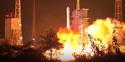 Китай первым запустил луноход на темную сторону Луны