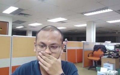 """Малазиец снял """"визит призрака"""" в собственный офис - (видео)"""