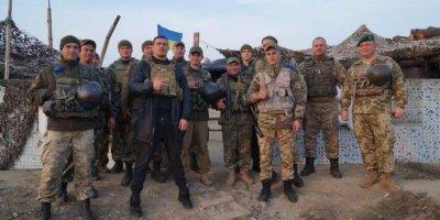 Боксер Усик рассказал о поездке в Донбасс