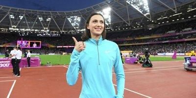 IAAF допустила 42 российских атлета к турнирам под нейтральным флагом