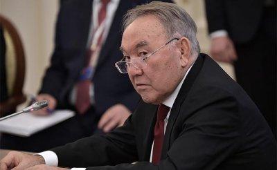 Назарбаев разогнал правительство. Почему не может Путин? - «Политика»
