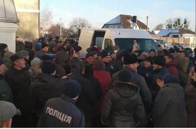 Обнародовано видео захвата украинскими сектантами-раскольниками православного храма на Волыни - «Новороссия»