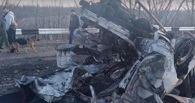 Опубликовано видео с места подрыва микроавтобуса возле КПП Еленовка в ДНР - «Новороссия»
