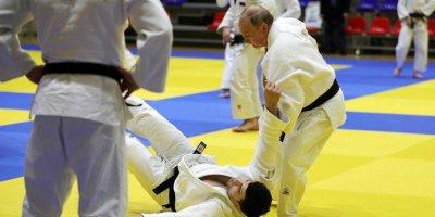 Путин провел тренировку по дзюдо в Сочи