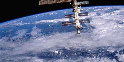 """Российский спутник засек загадочный световой """"взрыв"""" в атмосфере Земли"""