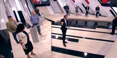 Украинскую журналистку Соколовскую выгнали с эфира российского ток-шоу