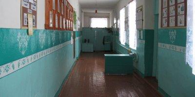 В Приморье родители устроили самосуд над школьником-хулиганом и окунули его головой в унитаз