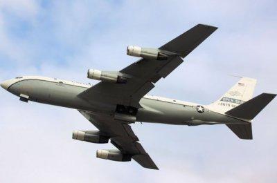 Военный самолет США провел разведывательный полет над Россией - «Новороссия»