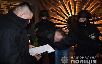 В Николаеве задержали сутенера-педофила - (видео)