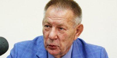 Депутат Госдумы отверг закон о поддержке диабетиков и посоветовал им лечиться похудением