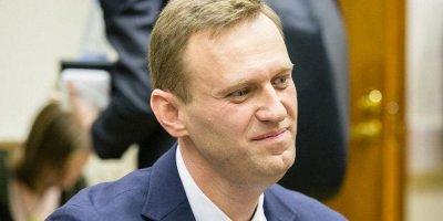 Москвича, сфотографировавшего Навального, затравили в соцсетях