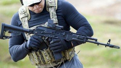 Полиция Киева разыскивает двух неизвестных с автоматами Калашникова - «Новороссия»