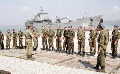 Сержант ССО США Марк Джакония: Русские десантники рыдали, когда снайпер убил их товарища - «Военные действия»