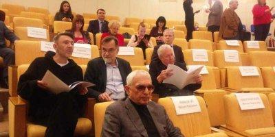 Шнуров на слушаниях в Госдуме предложил разогнать Минкульт
