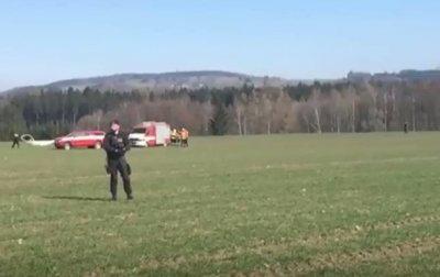 В Чехии разбился вертолет: двое погибших - (видео)