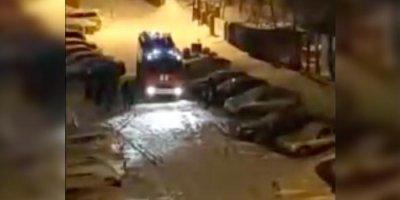 В Югре пожарные не смогли добраться до адреса вызова из-за неубранного снега