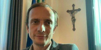 Выступающий против прививок итальянский политик заболел ветрянкой