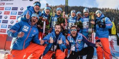 Забывшим оплатить перелет российским биатлонистам пришлось ехать на этап Кубка мира на машинах