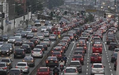 Киев парализовали пробки: 14 аварий - «Украина»