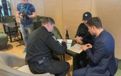 К Зеленскому приехала полиция - (видео)