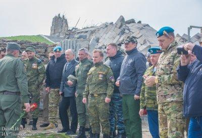 На «Саур-Могиле» прошел торжественный митинг «От войны до войны» - «Новороссия»