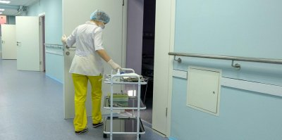 На Урале медсестру уволили за сбор вещей для новорожденных
