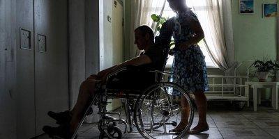 На Урале неспособного ходить инвалида признали годным для срочной службы