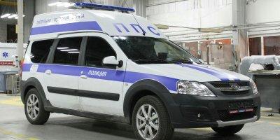 В Москве подожгли машину прибывших на вызов полицейских