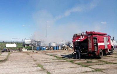 В Николаевской области горел нефтеперерабатывающий завод - (видео)