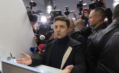 Выход у Зеленского один — вернуть Донбасс, зачистив режим Порошенко - «Политика»
