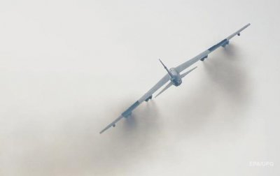 Ядерный бомбардировщик B-52 запустили взрывом - (видео)