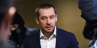 Полковник Захарченко перед задержанием просил защиты от уголовного дела у экстрасенса