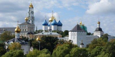 Пьяный священник Троице-Сергиевой лавры напал с ножом на монаха из-за пожертвований