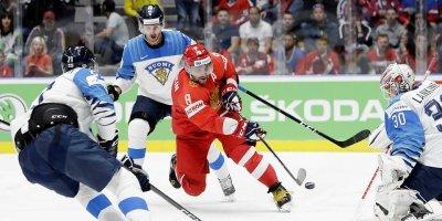 Жена Овечкина схлестнулась с российскими болельщиками после поражения сборной