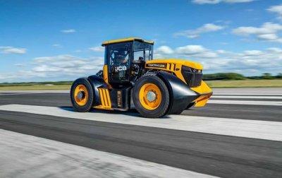 Британец установил рекорд скорости на тракторе - (видео)