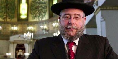 Главный раввин Москвы объяснил богатство евреев