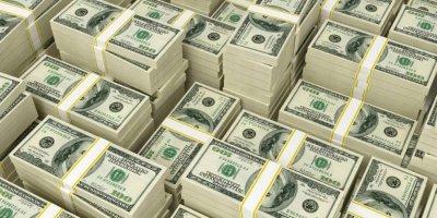 """США могут """"обрушить"""" доллар, чтобы сбалансировать экономику"""