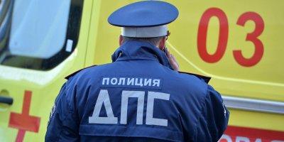 В Сочи пьяный полицейский сбил двух девушек на переходе
