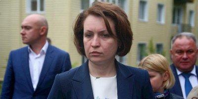 Власти Омска объяснили исчезновение видео с падением мэра в грязь