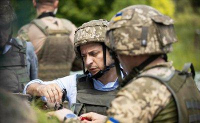 Зеленский даст команду Кремлю остановить войну в Донбассе - «Политика»