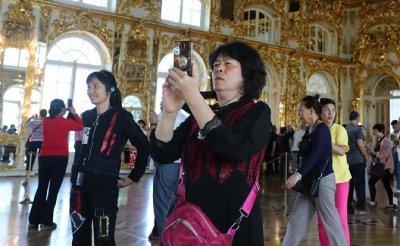 Лето 2019: Китайские туристы отдыхают на зависть бедным русским - «Экономика»