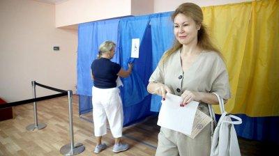 Новые данные экзит-полов: партия Зеленского увеличивает отрыв - «Новороссия»