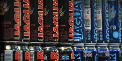 Россию хотят заставить отменить запрет на алкогольные энергетики