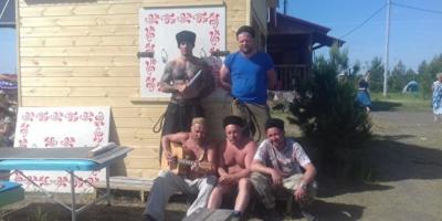 В Челябинской области казаки и боец MMA избили семью из Азербайджана
