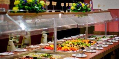 В Турции признали повторное использование еды для шведского стола